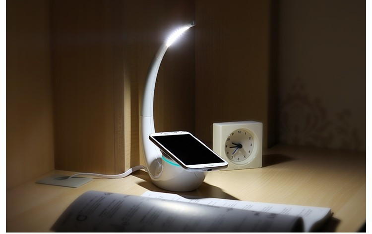 Nillkin Phantom Wireless Charger Lamp Wireless for QI phones